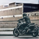 2015 Yamaha VMAX Carbon In Action_3