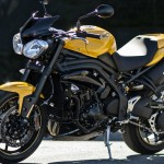 2015 Triumph Speed 94 R Racing Yellow_3