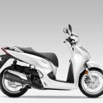 2015 Honda SH300i Pearl Cool White_1