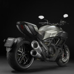 2015 Ducati Diavel Titanium Limited Edition_1