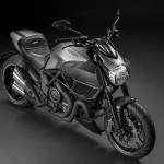 2015 Ducati Diavel Titanium Limited Edition_2
