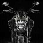 2015 Ducati Diavel Titanium Limited Edition_3