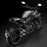 2015 Ducati Diavel Titanium Limited Edition_5