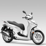 2016 Honda SH300i Scooter Pearl Cool White