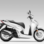 2016 Honda SH300i Scooter Pearl Cool White_1