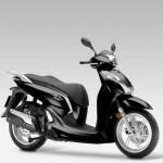 2016 Honda SH300i Scooter Pearl Nightstar Black