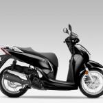 2016 Honda SH300i Scooter Pearl Nightstar Black_1