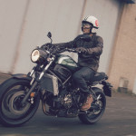 2016 Yamaha XSR700 Retro-styled Streetbike In Action_1