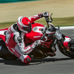 2016 Ducati Monster 1200R in Action_1