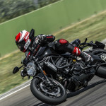 2016 Ducati Monster 1200R in Action_3
