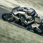 2016 Yamaha YZF-R1M in Action_3