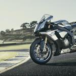 2016 Yamaha YZF-R1M_3