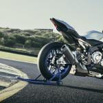 2016 Yamaha YZF-R1M_4