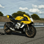 Yamaha YZF-R1 60th Anniversary Edition_3